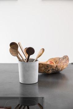 haus f am hang - Möbelbau Breitenthaler, Tischlerei Serving Bowls, Decorative Bowls, Tableware, Kitchen, Home Decor, House, Carpentry, Mixing Bowls, Cooking