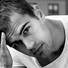 This week's eye candy is none other than Theo James, the hot star of the latest movie 'Insurgent'. Theo James hails from England and his full name is Theodore Peter James Kinnaird Taptiklis. Theo James, Theodore James, Good Looking Actors, Single Dads, Celebs, Celebrities, Handsome Boys, Gorgeous Men, Beautiful People