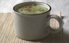 Pea soup with bacon, mint and paprika