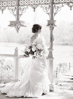 JEN HUANG BLOG: Weddings/ texture of dress and bouquet