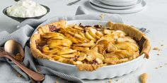 Verdens beste eplepai med karamell | Coop Mega Apple Pie, Baking, Eat, Ethnic Recipes, Cakes, Yummy Yummy, Apples, Food, Caramel