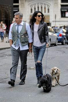 Visiting George Clooney on the set of Money Monster with his dog Einstein. See all of Amal Clooney's best outfits.