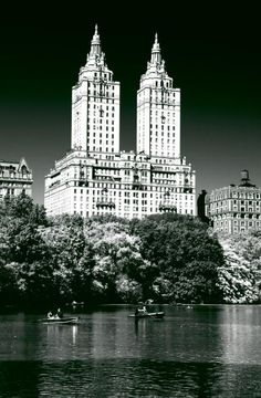The Dakota-NYC(apparently it is the San Remo)...The Dakota is pretty too!!! hahaha