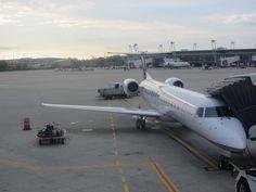 A United Express ERJ-145, Hopkins International Airport, Ohio