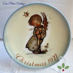 Berta Hummel 1971 Christmas Plate Angel Decor by EauPleineVintage
