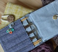 Interchangeable knitting needle case  Needle case for interchangeable knitting needles by Atelier de soyun