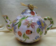 Lovely Vintage Soft Lavender Tea Pot w. Decorative Floral & Butterfly…