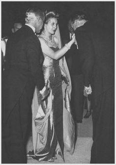 Evita , París 1947.