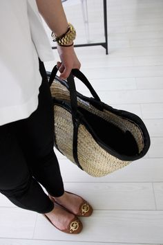 Homevialaura | Tine K Home | Basket bag for summer | Michael Kors ballet flats
