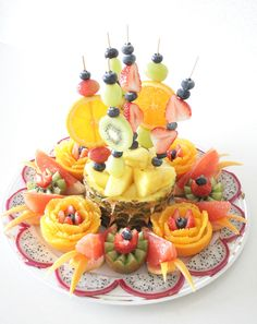 Fruit welcome Cute Food, Good Food, Yummy Food, Fruit Tables, Fruit Presentation, Deco Fruit, Appetizer Buffet, Appetizers, Fruit Creations