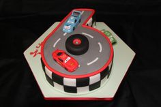 6 racetrack cake