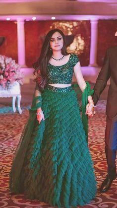 Top 15 Designer Bridal Lehenga for Wedding - Fashion Girls Indian Wedding Gowns, Desi Wedding Dresses, Indian Bridal Outfits, Indian Gowns Dresses, Indian Fashion Dresses, Dress Indian Style, Indian Designer Outfits, Gown Wedding, Indian Reception Dress