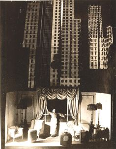 From Construction to Annihilation: The Fate of the Constructivist Stage Set