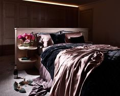 silk sheets and an individual, bespoke bed design. Luxury Bedroom Furniture, Home Decor Bedroom, Satin Bedding, Bedding Sets, Silk Bed Sheets, Black Kitchens, Luxurious Bedrooms, Bedroom Sets, Bed Design