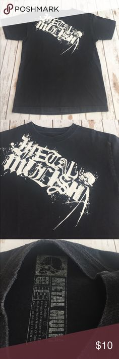 4c501da68930 Shop Men s Metal Mulisha Black size M Tees - Short Sleeve at a discounted  price at Poshmark. Description  Black short sleeve no holes or stains.