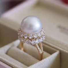 A stunningly beautiful pearl ring that dances on the finger. Diamonds are pierced by a special technique instead of being set into the gold, allowing free movement that catches every single flick of light. . . . . . #wow #stunning #jewelrydesign #jewelryoftheday #pearljewelry #pearlsdaily #romance #love #instastylish #jewelrygram #nebbiajewelry