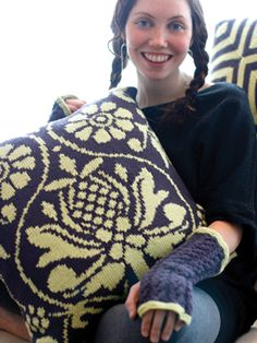 Blossom Pillows -- free pattern from Rowan. I really like this a lot!!