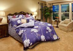 Bộ chăn ra phủ drap gối Everon EP 1380:  Bộ chăn ga gối đệm Everon EP 1380 được thiết kế trên mẫu vải in cotton 100%. Nổi bật trên nền vải xanh tím là họa tiết in hoa cách điệu sang trọng mang đến vẻ đẹp tinh tế cho căn phòng của bạn. Xem them: http://www.sachcoffee.vn/noi-that/ra-phu-drap/ra-phu-drap-goi-everon/everon-ep/bo-chan-ra-phu-drap-goi-everon-ep-1380.html