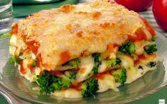 Lasanha de brócolis e queijo Go Veggie, Veggie Recipes, Vegetarian Recipes, Cooking Recipes, Healthy Recipes, Going Vegetarian, Going Vegan, After Workout Food, Confort Food