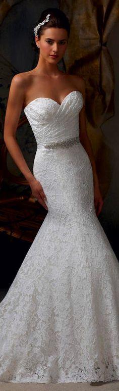 be a pretty bride Dream Wedding Dresses, Wedding Gowns, Brides And Bridesmaids, Bridesmaid Dresses, Wedding Stuff, Our Wedding, Wedding Inspiration, Wedding Ideas, Beautiful Gowns