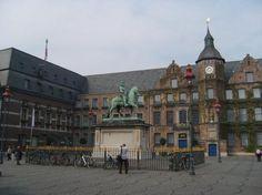 Düsseldorf ~ Nordrhein-Westfalen ~ Germany ~ Old Town