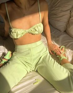 Aesthetic Fashion, Aesthetic Clothes, Look Fashion, Fashion Outfits, Fashion Trends, Aesthetic Style, Summer Outfits, Cute Outfits, Green Outfits