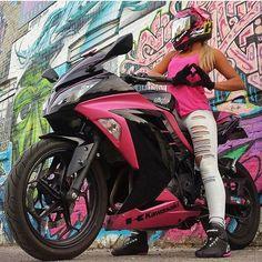 "BossBikersLife.com ➡➡@mizzmegzz ⬅⬅❤ Link in bio Tag or DM us for a feature! Email us if your profile is private! Check us out on facebook search for ""Biker Chicks of Insta"" #bikeswithoutlimits #relationshipgoals #bikerchicksofinstagram #BikerChicks #LadyRider #LadyBikers #UKBikeLife #NYBikeLife #CaliBikeLife #CanadaBikeLife #r6 #r1 #hp4 #motorcycle #motorbike #bikerchick #BikeLife #bikelove #Yamaha #Gsxr #Kawasaki #bikerchicksofinsta #ktm #motocross"
