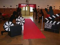 trendy Hollywood Sweet 16 party themes You are in the right place about Decoration art Here we o Hollywood Sweet 16, Hollywood Night, Hollywood Cinema, Hollywood Hills, Kino Party, Hollywood Decorations, Deco Cinema, Bollywood Theme Party, Hollywood Birthday Parties