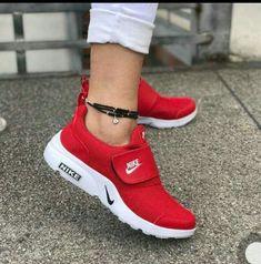 d500b4f3ba8192 Mis tenis favoritos son los nake Red Nike Shoes