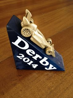 Pinewood Derby Award - I like the simplicity of this