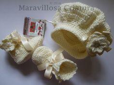 Conjunto de bebé, color beige, botas y gorro bebé de Maravillosa Criatura por DaWanda.com