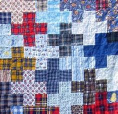 Possible design for memory quilt Flannel Quilts, Plaid Quilt, Shirt Quilts, Flannel Shirt, Shirt Pillows, Man Quilt, Boy Quilts, Scrappy Quilts, Quilt Block Patterns