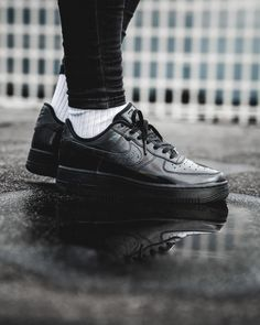 Release Date : March 15, 2018 Nike Air Force 1 Low LX Black / Summit