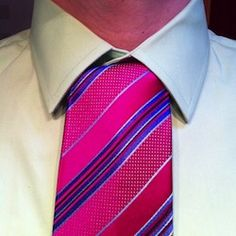 Instruction for tying a Onassis necktie knot