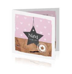 Trendy geboortekaart van Boefjespost met hout, ster en stempel.