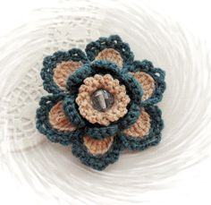 HAND CROCHET BROOCH APPLIQUE BEIGE DENIM BLUE ACRYLIC FLOWER in Crafts, Needlecrafts & Yarn, Crocheting & Knitting | eBay!