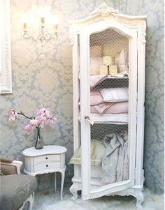 carol lotz saved to shabby Beautiful Shabby Chic Bathroom Decorating Ideas 65 35 Best Shabby Chic Bedroom Design and Decor Ideas for 2017 8 12 Beautiful Shabby Chic Style Kitchen Projects You Can Do Yourself For Your Cabin Shabby Chic Design, Cocina Shabby Chic, Muebles Shabby Chic, Shabby Chic Vintage, Shabby Chic Kitchen, Shabby Chic Style, Shabby French Chic, Shabby Chic Salon, Shabby Chic Dining Room