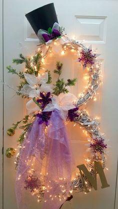 26 DIY Christmas decorations Create a Lighted Snowman Wreath Using 2 Grapevine Wreaths. Dollar Store Christmas, Christmas Door, Outdoor Christmas, Winter Christmas, Christmas Holidays, Christmas Ornaments, Purple Christmas, Christmas Island, Christmas Angels