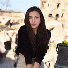 Vogue Men, Turkish Actors, Bellisima, Actresses, Bb, Faces, Inspiration, Instagram, Female Actresses