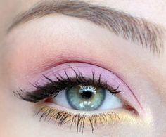 Eye Makeup Tricks To Give Sagging Eyelids A Perfect Lift – EyeLid Lift Loading. Eye Makeup Tricks To Give Sagging Eyelids A Perfect Lift – EyeLid Lift Makeup Tricks, Eye Makeup Tips, Makeup Geek, Makeup Inspo, Makeup Inspiration, Beauty Makeup, Hair Makeup, Makeup Ideas, Makeup Tutorials
