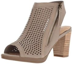 ba3818b66927c1 Bella Vita Women s Lenore Heeled Sandal