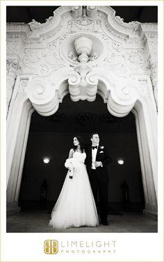 Limelight Photography, www.stepintothelimelight.com, Weddings, Vinoy, St. Pete, Florida, Bride, Groom, Wedding Dress, Portrait, Black and White