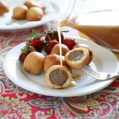 Pancake Sausage Bites with Creamy Maple Sauce