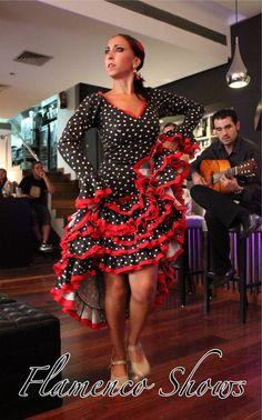 Todas las noches show flamenco en restaurante Vino Mío Malaga Centro
