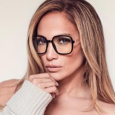 9 TO 5 Rounded Square Blue Light Glasses – Quay Australia Glasses For Oval Faces, Cute Glasses, Glasses Frames, Geek Glasses, Cheap Eyeglasses, Eyeglasses For Women, Eyeglasses For Round Face, Oversized Glasses, Fashion Eye Glasses