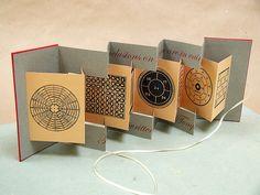 Riddle Book by Jim's Art.looking like a pop up card Concertina Book, Accordion Book, Up Book, Book Art, Exposition Interactive, Pop Up, Buch Design, Book Sculpture, Handmade Books