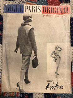 $145 PATOU VOGUE PARIS ORIGINAL Pattern No. 1396 One Piece Dress ©1957 #VOGUEPARISORIGINALPATOU #Vogue Vintage Vogue Patterns, Guy Laroche, Pierre Balmain, One Piece Dress, Collar Dress, Vogue Paris, Cool Suits, Jacket Dress, 1940s