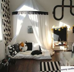 new black white Children Play Tent Kids Teepees Hanging Kids tent Cotton Canvas Tipi and Mosquito Net Play House for Baby Room