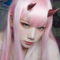 Cosplay Zero Two :) - Anime Kawaii Cosplay, Cosplay Anime, Epic Cosplay, Cute Cosplay, Cosplay Makeup, Amazing Cosplay, Vocaloid Cosplay, Cosplay Games, Cosplay Outfits