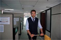 Nueva película del Bradley Cooper. El ladrón de palabras.   #Elladrondepalabras #BradleyCooper #SensaCine  http://www.sensacine.com/peliculas/pelicula-190358/